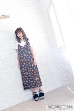 鷲尾伶菜(C)モデルプレス