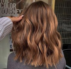 Lob Hairstyle, Messy Hairstyles, Pretty Hairstyles, Winter Hairstyles, Curly Hairstyles, Wedding Hairstyles, Medium Hair Styles, Short Hair Styles, Short Hair Trends
