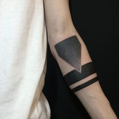 Bold Armband by Lee Jongmoon
