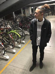 RT HousikClothing: The new Cut & Sew U Pocket Coach Jackets are  #coachjacket #fashion #streetwear #fashionweek #Norwich #UK #SIK  http://twitter.com/SpacebagRecords/status/707970169600122880 March 10 2016 at 08:43AM