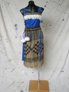 Productions Wardrobe - Maori and Polynesian Polynesian Art, Polynesian Culture, Maori Patterns, School Costume, Crazy Costumes, Maori Designs, Maori Art, Weaving Art, Fashion Books