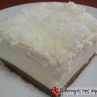 Χιονάτη της μαμάς Greek Sweets, Greek Desserts, Greek Recipes, Desert Recipes, Easy Desserts, Canning Recipes, Candy Recipes, Greek Cake, Fridge Cake