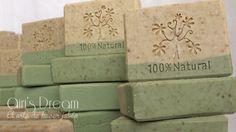 Nueva receta de nuestro jabón natural de leche de cabra y neem. Visítanos en facebook.