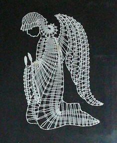 palickovani podvinky | AURINKO - Fotoalbum - Tvoření - Paličkování - anděl Bobbin Lace Patterns, Tatting Patterns, Christmas Holidays, Xmas, Romanian Lace, Madonna, Three Wise Men, Lacemaking, Machine Embroidery Designs