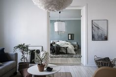 It's amazing just how much colour has crept into homes over the past year. I'm not talking bright eye-catching hues, but more 'earthy' washed-out hues in green, blue and grey. Have you noticed this to