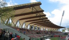 Steigerwaldstadion-Mainstand3 - Arquitectura textil - Wikipedia, la enciclopedia libre