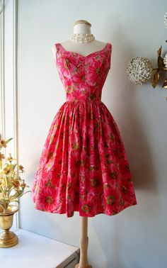 1960's Dress // Vintage 60s Pink Daisy Sundress S by xtabayvintage, $198.00
