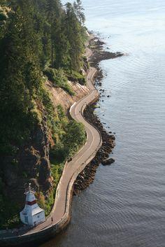 Curvy Seawall vancouver, lions gate bridge, lions gate, british columbia, canada, sea, ocean