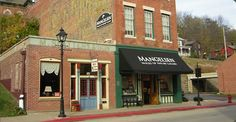 Mangelsen Images of Nature Gallery   Galena, Illinois