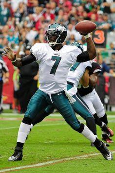 Philadelphia Eagles quarterback Michael Vick throws during the first half against the Arizona Cardinals