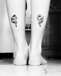 japanese tattoos for women Skull Couple Tattoo, Small Skull Tattoo, Small Chest Tattoos, Skull Tattoo Design, Couple Tattoos, Tattoo Designs, Punk Tattoo, Bff Tattoos, Badass Tattoos