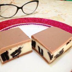 Pudding oreo milo recipe Jelly Desserts, Oreo Desserts, Pudding Desserts, Pudding Recipes, Cake Recipes, Dessert Recipes, Puding Oreo, Puding Cake, Resep Cake