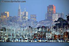 Sausalito Houseboats and San Francisco Skyline | Flickr – Compartilhamento de fotos!