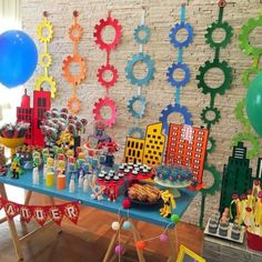 Transformers Rescue Bots – Tribo da Festa Kids Birthday Themes, 6th Birthday Parties, Boy Birthday, Transformers Birthday Parties, Transportation Birthday, Transformer Birthday, Rescue Bots, Transformers Bumblebee, Backdrops
