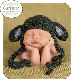 Auntie Kandice... You have until halloween to get this made for Chipmunk! White and Pink Please!!