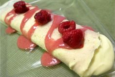 Raw Crepe  -raw dehydrated coconut wrap (recipe)  -custard filling  -fresh fruit