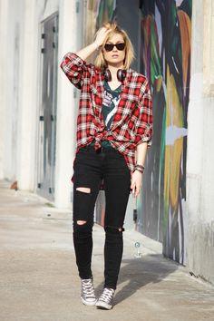 Street look: artlex, Baskets converse, blog, blogueuse, chemise à carreaux, diy, Do it yourself, fashion, fashionblogger, jean troué, joseph, lasucrière, lyon, lyonnaise, mode, ootd, outfitoftheday, rock, soldes, streetlook,music