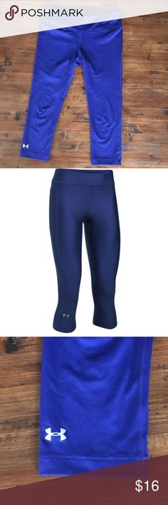 """Under Armour (women) Under Armour Women's HeatGear Solid Capris ▫️Near perfect condition - no rips, stains or        snags ▫️Inseam: approx. 20"""" ▫️Polyester/elastane blend ▫️Compressive fit ▫️Comes from smoke-free, pet friendly home ❗️Reasonable offers always welcome 🚫NO trades, lowball offers, off-Posh       transactions, holds or modeling Under Armour Pants"""
