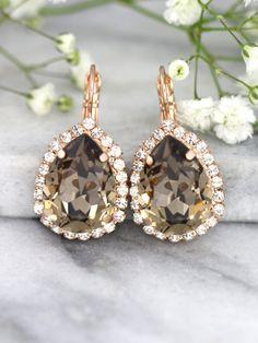 Brown Earrings Mocha Earrings Bridal Drop Earrings by iloniti Brown Earrings, Emerald Earrings, Bridal Earrings, Etsy Earrings, Crystal Earrings, Crystal Jewelry, Wedding Jewelry, Swarovski Ring, Swarovski Crystals