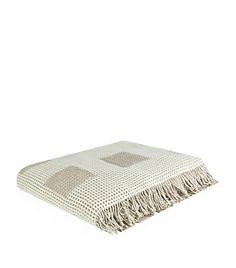 Shop Peter Reed Square Waffle Wool Throw online at harrods.com & earn reward points. Luxury shopping with Free Returns on UK orders.