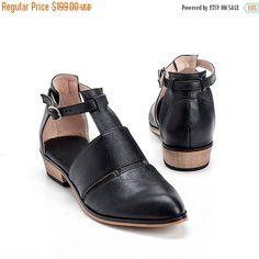 Black Leather Shoes / Women Flats / Every от EllenRubenBagsShoes