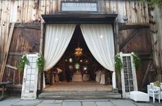 Barn wedding reception #farmwedding #barnwedding #weddingreception #weddingdecor #wedding