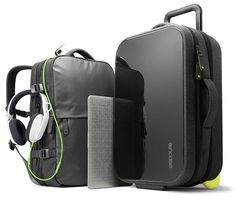 Incase EO Travel Collection True pro travelers never check a bag. For maximum travel efficiency, every bag in this 5-piece luggage collection is designed to carry on while keeping technology protected, personal items organized, and everything easily accessible