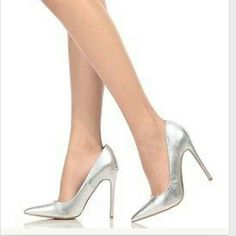 Shoe Republic LA Anniston Classic Silver Classic pointy toe heels pumps silver metallic  I LOVE to accept offers! YES I bundle! Shoe Republic LA  Shoes