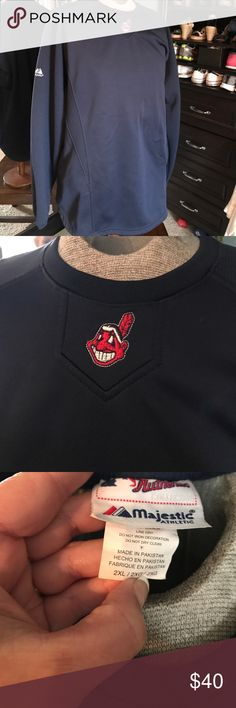 Men's Indians sweatshirt Perfect for watching the game or out and about. majestic Shirts Sweatshirts & Hoodies