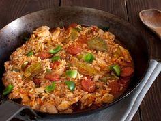 Chicken and Smoked Sausage Jambalaya from 25 One-Pot Meals Perfect For Winter Best Jambalaya Recipe, Vegan Jambalaya, Shrimp Jambalaya, Cajun Recipes, Vegan Recipes, Haitian Recipes, Donut Recipes, Pasta Recipes, Yummy Recipes