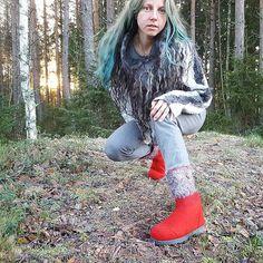 Felt Boots, Bomber Jacket, Jackets, Fashion, Down Jackets, Moda, Fashion Styles, Fashion Illustrations, Bomber Jackets