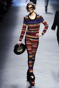 Sonia Rykiel Fall 2010 Ready-to-Wear - Collection - Gallery - Style.com