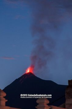 eruption of the Volcano of Fire. Photo by Maynor Marino Mijangos l Only the best of Guatemala