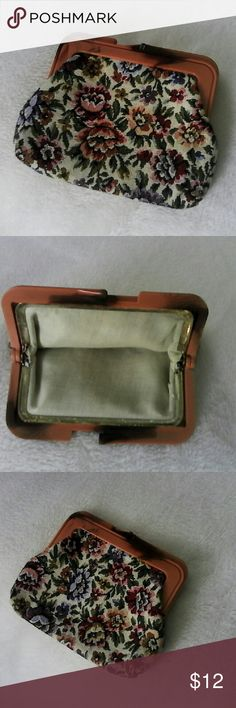 """Vintage Style Tapestry Bakelite Coin Purse Kiss lock coin purse that has tortoise shell look Bakelite. Not sure of Authenticity, but looks very vintage. Very clean. No stains, pulls, tears or smells. The gold frame shows tarnish. Bakelite has # 0158 by kiss lock. 5.5"""" wide by 4.5"""" high. Accessories"""
