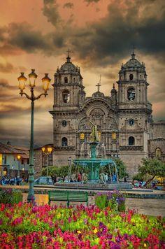 Iglesia de la Compania de Jesus, Plaza de Armas, Cusco, #Peru