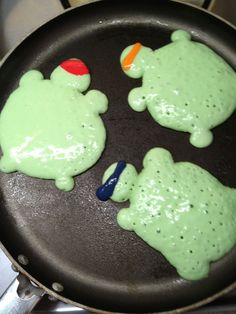 OMG YES! Ninja Turtles Pancakes!  Birthday breakfast