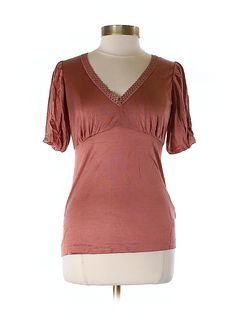 Check it out - Banana Republic Short Sleeve Top for $13.99 on thredUP!
