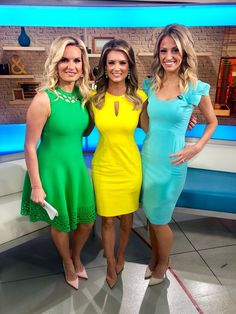 Sexy Outfits, Sexy Dresses, Dress Outfits, Wrap Dresses, Ivanka Trump Photos, Female News Anchors, Hot Blonde Girls, Professional Women, Hot Dress