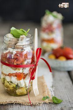 Rezept-Sommerlicher Schichtsalat mit Philadelphia Mediterrane Kräuter im Glas-Kooperation-Photolixieous-4