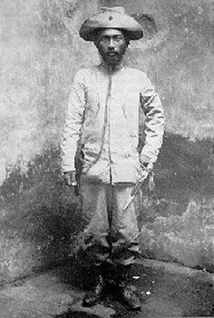 After his surrender, Miguel Malvar lived a quiet and comfortable life. He graciously declined the offer for him to become governor of Batangas Province. (Arnaldo Dumindin)