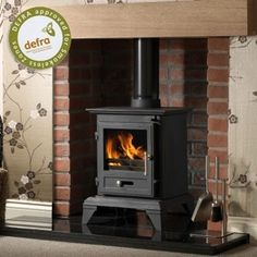 The Gallery Classic 5 Cleanburn wood burning multi fuel Stove is one of the newest additions to the Gallery range of stoves. The Classic 5 is a wood burning and multifuel stove that is Defra approved so can be used in smoke controlled areas. Wood Burner Fireplace, Cast Iron Fireplace, Fireplace Ideas, Electric Fireplace, Small Stove, Multi Fuel Stove, Freestanding Fireplace, Victorian Fireplace, Ideas