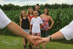 large family photo shoot ideas - Google Search I would like this better if it actually showed mom and dad.