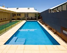 Awesome Small Swimming Pool Design Suitable for Your Backyard Building A Swimming Pool, Small Swimming Pools, Best Swimming, Swimming Pool Designs, Backyard Pool Designs, Pool Landscaping, Backyard Pools, Pool Companies, Pool Images