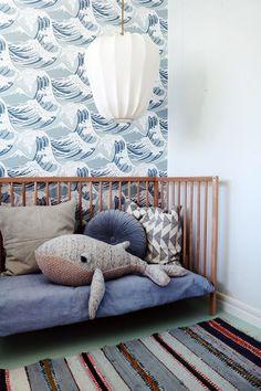 Pintura vs papel pintado en habitación infantil | DecoPeques