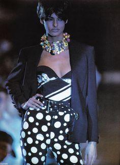 Linda Evangelista / 1991 Gianni Versace Collezione Spring Summer / Lookbook