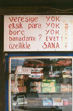 veresiye YOK, eksik para YOK, borç YOK, banadamı? EVET, özellikle SANA. #mizah #matrak #komik #espri #komik #şaka #gırgır #komiksözler (34090011 | Flickr - Photo Sharing!)