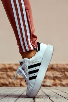 Sneakers Temple (emmydeoconsults) on Pinterest