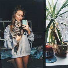Burimova Alexandra Burimova, Selfie, Instagram Posts, Inspiration, Beauty, Photographs, Cats, Animaux, Biblical Inspiration