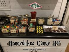 How To Throw an Epic Harry Potter Birthday Party ~ zoo & roo Harry Potter Snacks, Harry Potter Candy, Harry Potter Fiesta, Harry Potter Party Games, Cumpleaños Harry Potter, Harry Potter Halloween Party, Harry Potter Wedding, Harry Potter Birthday, Haunted Halloween