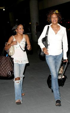 Bobbi Kristina Brown Smoking | Whitney Houston And Bobby Brown's Daughter Caught Snorting Cocaine On ...